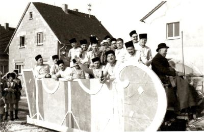 http://hessische-ludwigsbahn.de/196356.jpg