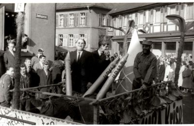 http://hessische-ludwigsbahn.de/196371.jpg
