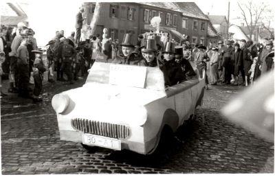 http://hessische-ludwigsbahn.de/196373.jpg