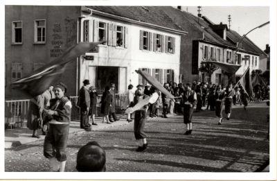 http://hessische-ludwigsbahn.de/196655.jpg