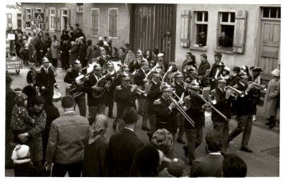 http://hessische-ludwigsbahn.de/196756.jpg