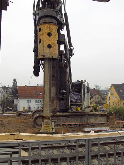 http://hessische-ludwigsbahn.de/BSTG186.jpg