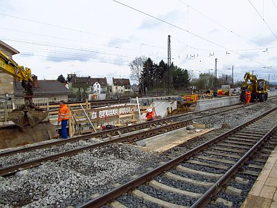 http://hessische-ludwigsbahn.de/BSTG378.jpg