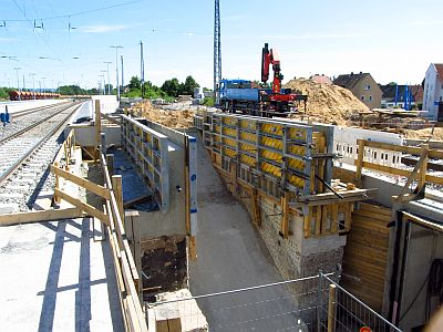 http://hessische-ludwigsbahn.de/BSTG420.jpg