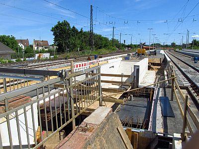 http://hessische-ludwigsbahn.de/BSTG430.jpg