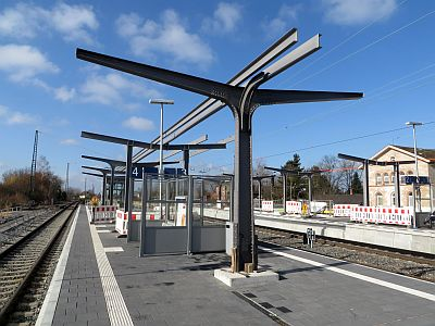 http://hessische-ludwigsbahn.de/BSTG683.jpg
