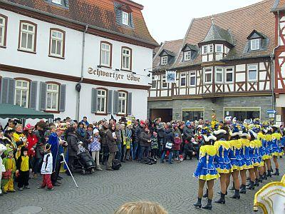 http://hessische-ludwigsbahn.de/CVB14010.jpg