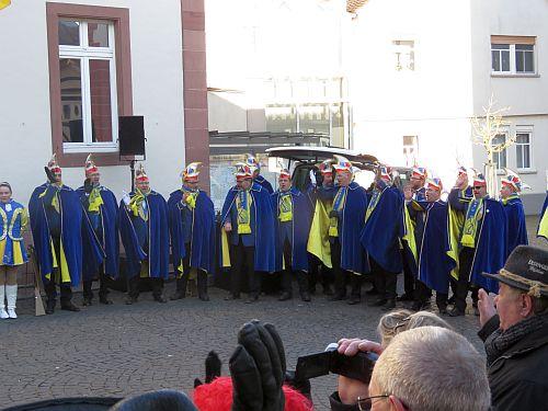 http://hessische-ludwigsbahn.de/CVB17019.jpg