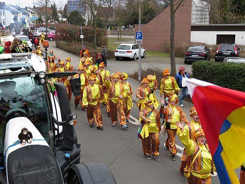 http://hessische-ludwigsbahn.de/CVB17604.jpg