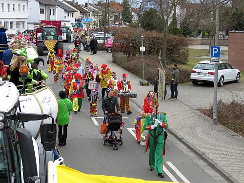 http://hessische-ludwigsbahn.de/CVB17614.jpg