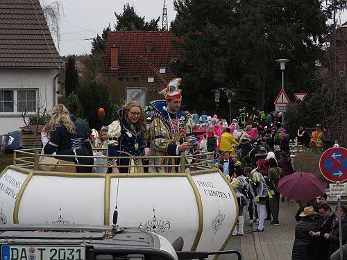 http://hessische-ludwigsbahn.de/CVB17642.jpg