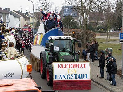 http://hessische-ludwigsbahn.de/FD1542.jpg