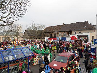 http://hessische-ludwigsbahn.de/FD1557.jpg