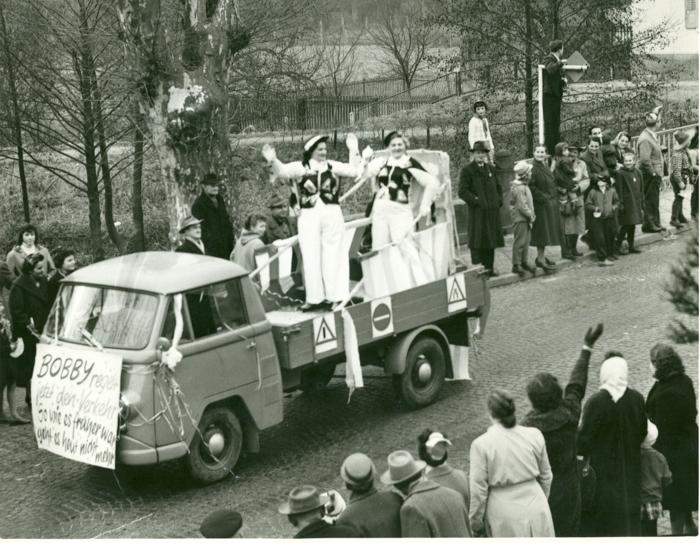 http://hessische-ludwigsbahn.de/FU19595.jpg
