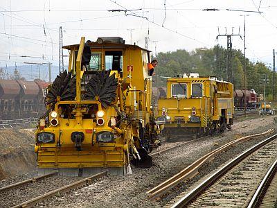 http://hessische-ludwigsbahn.de/GL2044.jpg